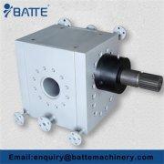 High pressure high temperature pipeline booster pump